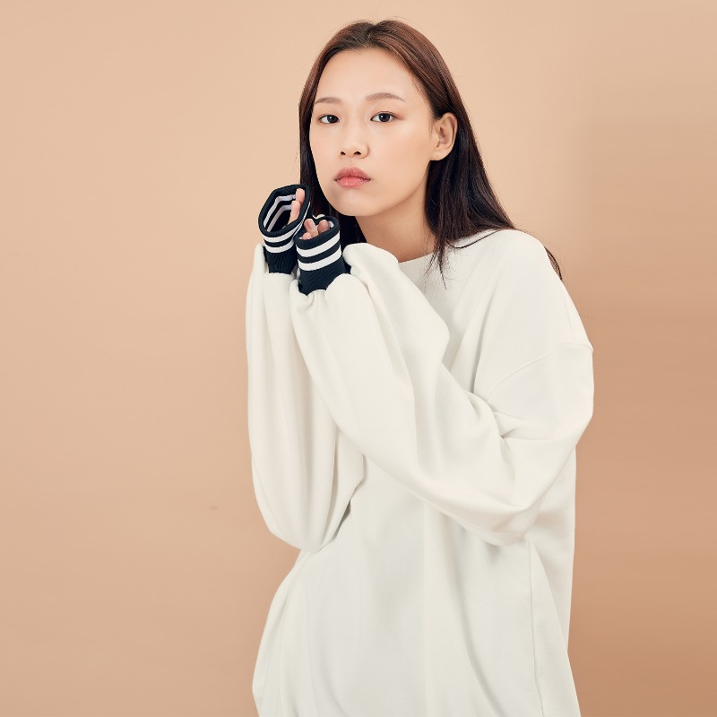 2019 F/W [EX.9F0T001-0] Over Puff MTM - White
